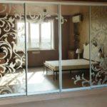 Пескоструйная обработка стекла и зеркал в дизайне интерьера